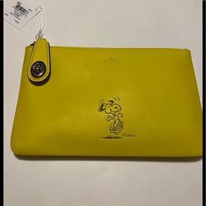 Rare Coach Snoopy Folio
